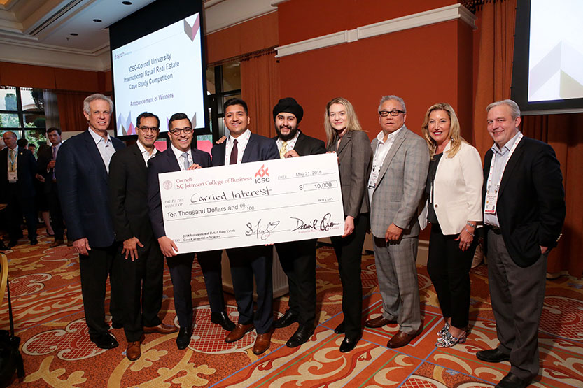 Winning team of the 2018 Retail Real Estate Case Competition