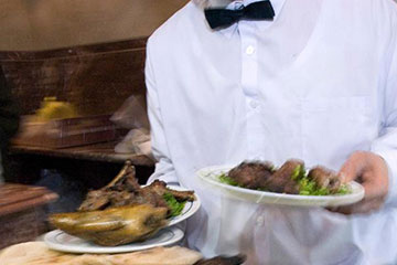fine-dining-server-3×2